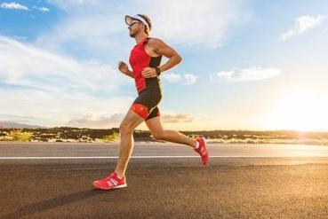 Marathon-Running-Gear-man-running-alone