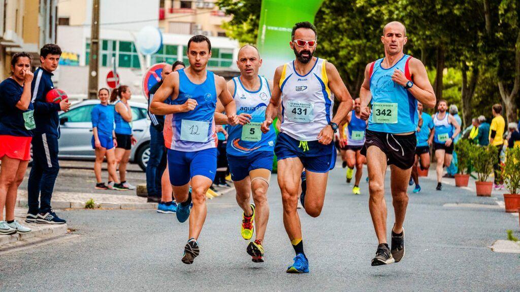 four-men-running