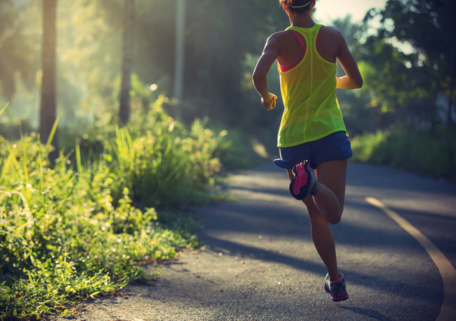 Marathon-Training-For-Elite-Run-2-female-running-fartlek