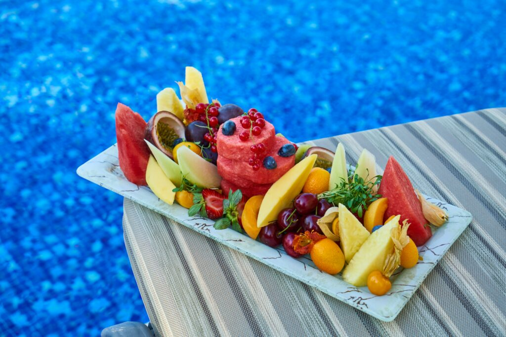 marathon-runners-diet-max-energy-on-race-day-Different-delicious-fruits-on-a-tray
