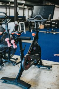 How-To-Perform-The-Best-Cross-Training-For-Runners-Exercise-bike