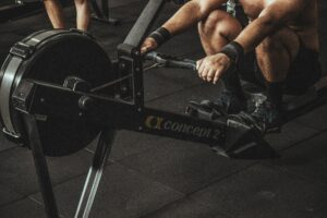 How-To-Perform-The-Best-Cross-Training-For-Runners-man-in-rowing-machine