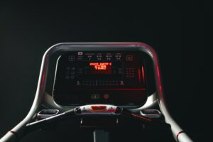 How-To-Perform-The-Best-Cross-Training-For-Runners-treadmill-panel