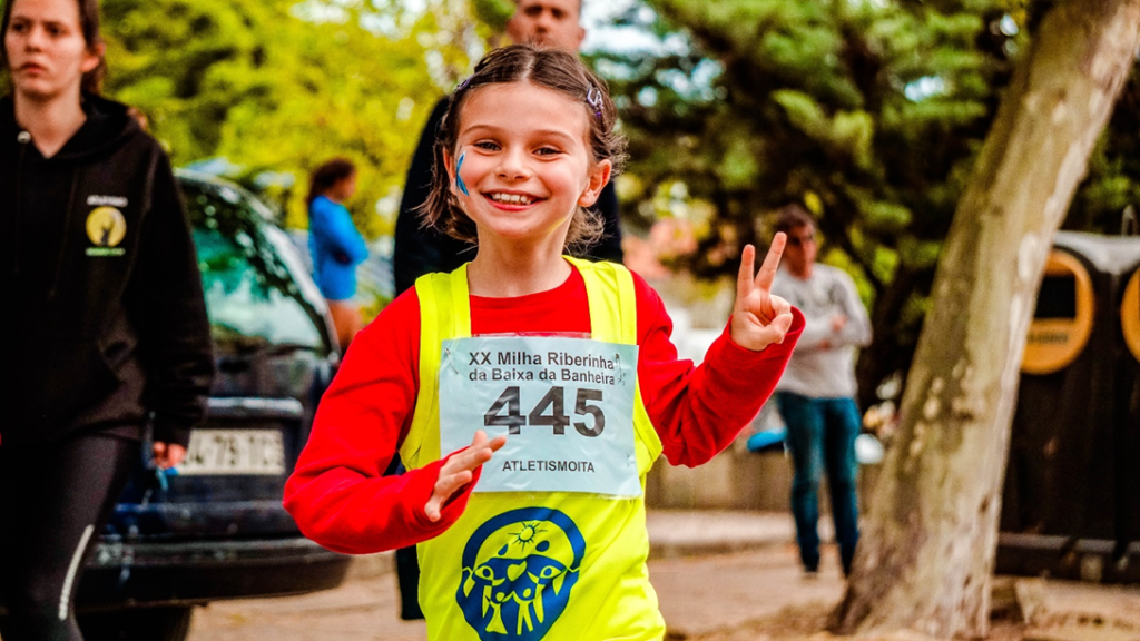 How-to-focus-your-motivation-on-Preparing-a-marathon-little-girl-running