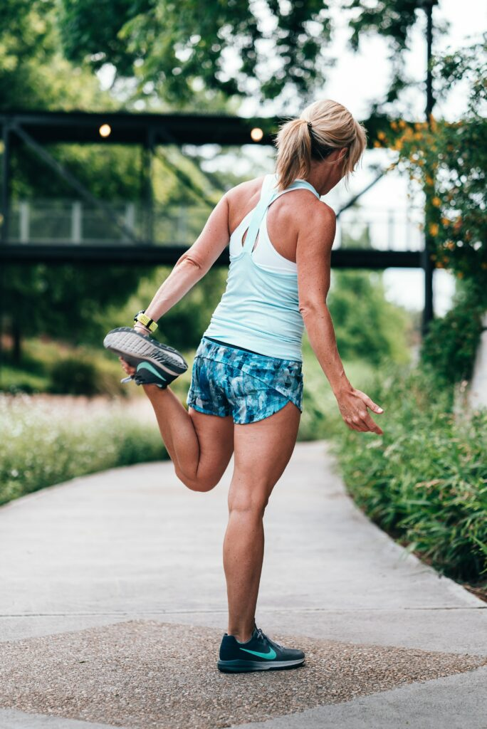 Lose-Weight-In-Running-Woman-Stretching-before-running