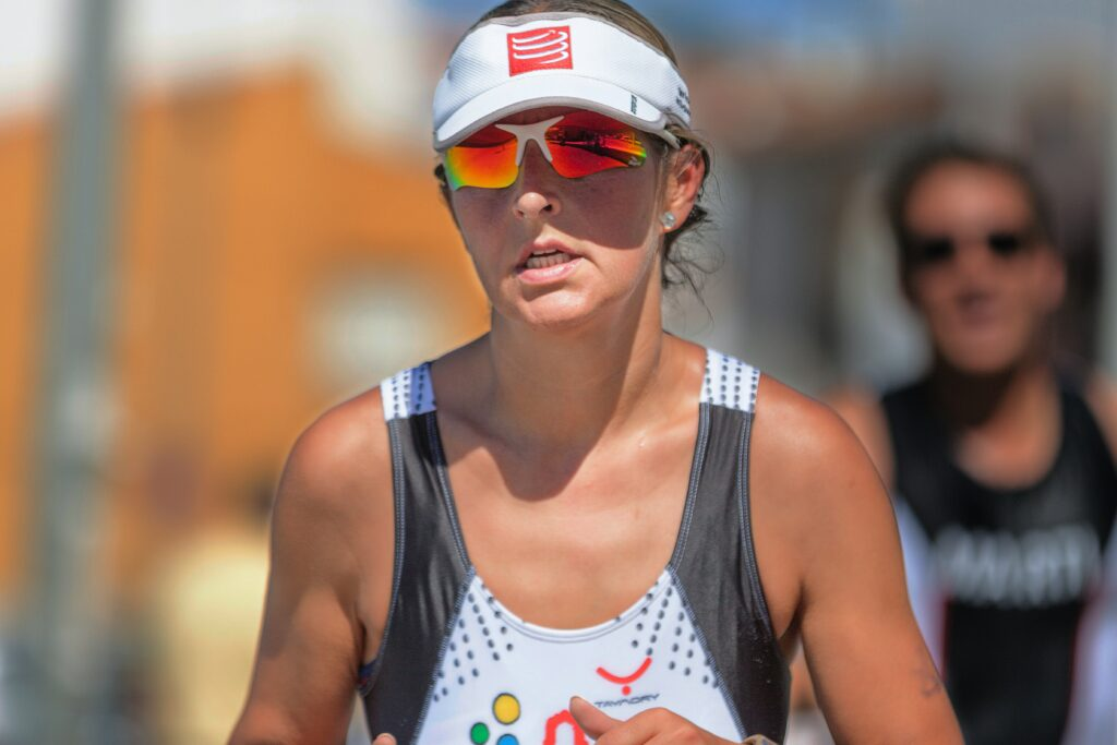 complete-the-marathon-by-running-as-the-exclusive-elite-Woman-with-sports-glasses