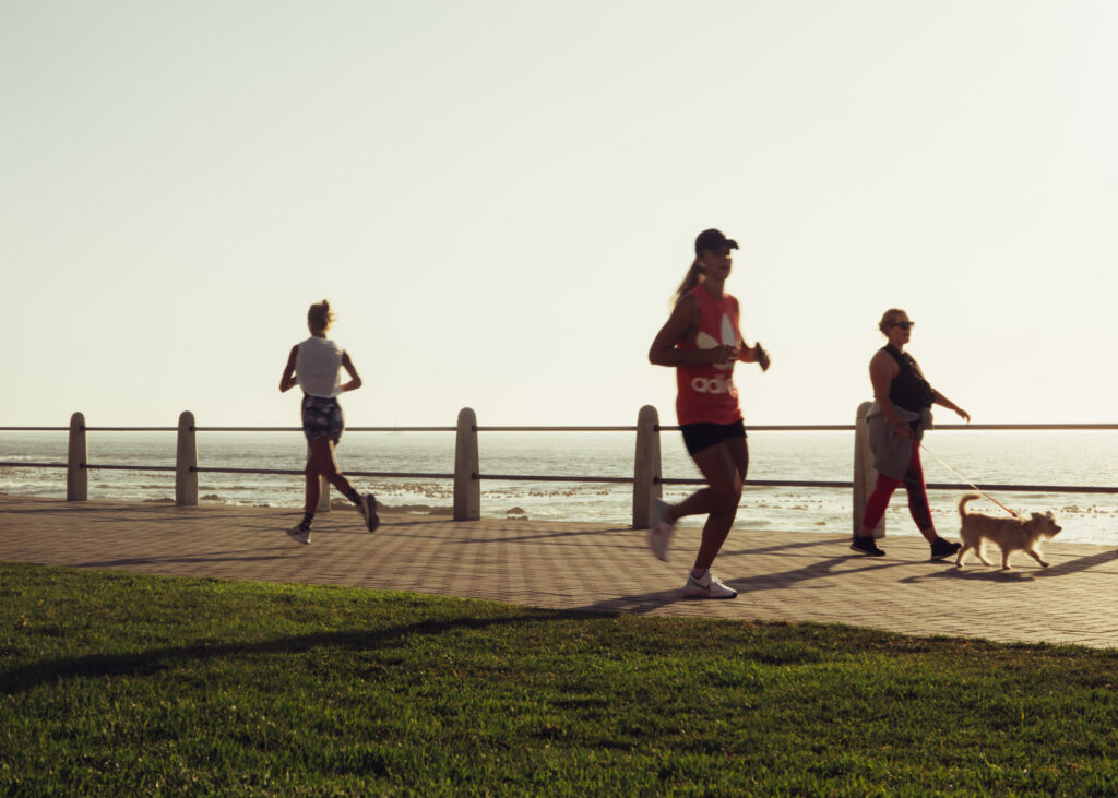Tested-benefits-of-running-are-what-makes-remarkable-results-running-girl-along-ocean