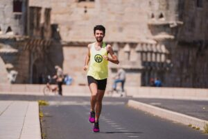 7-Steps-To-The-Truth-About-Outstanding-Running-Training-man-running