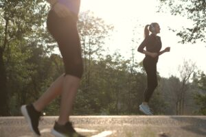 What-is-benefits-of-jogging-getting-in-shape