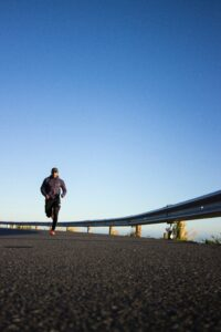 5-successful-methods-by-walking-to-a-better-fitness-running-alone