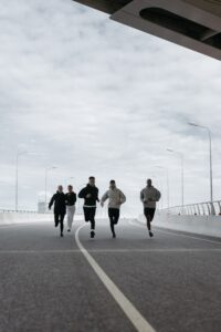 8-powerful-Truth-About-High-Intensity-Interval-Exercises-group