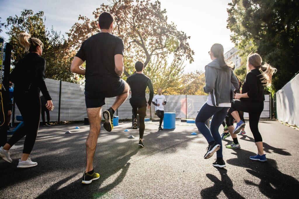 Focus-on-training-for-a-half-marathon-with-confidence-warmin-up
