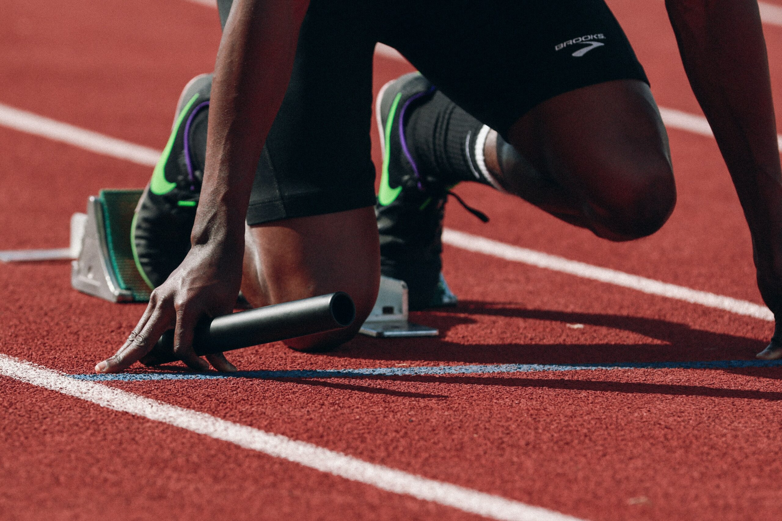 Choose-the-best-running-shoe-for-different-purposes-sprinter