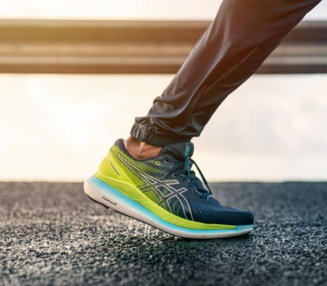 Asics-Glideride-Power-to-Run Forward,-Easier, and Longer-asics glideride-on-foot